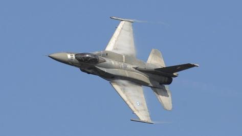 Una ganga coreana - Página 5 F-16c-k_krallis_thru_wikipedia