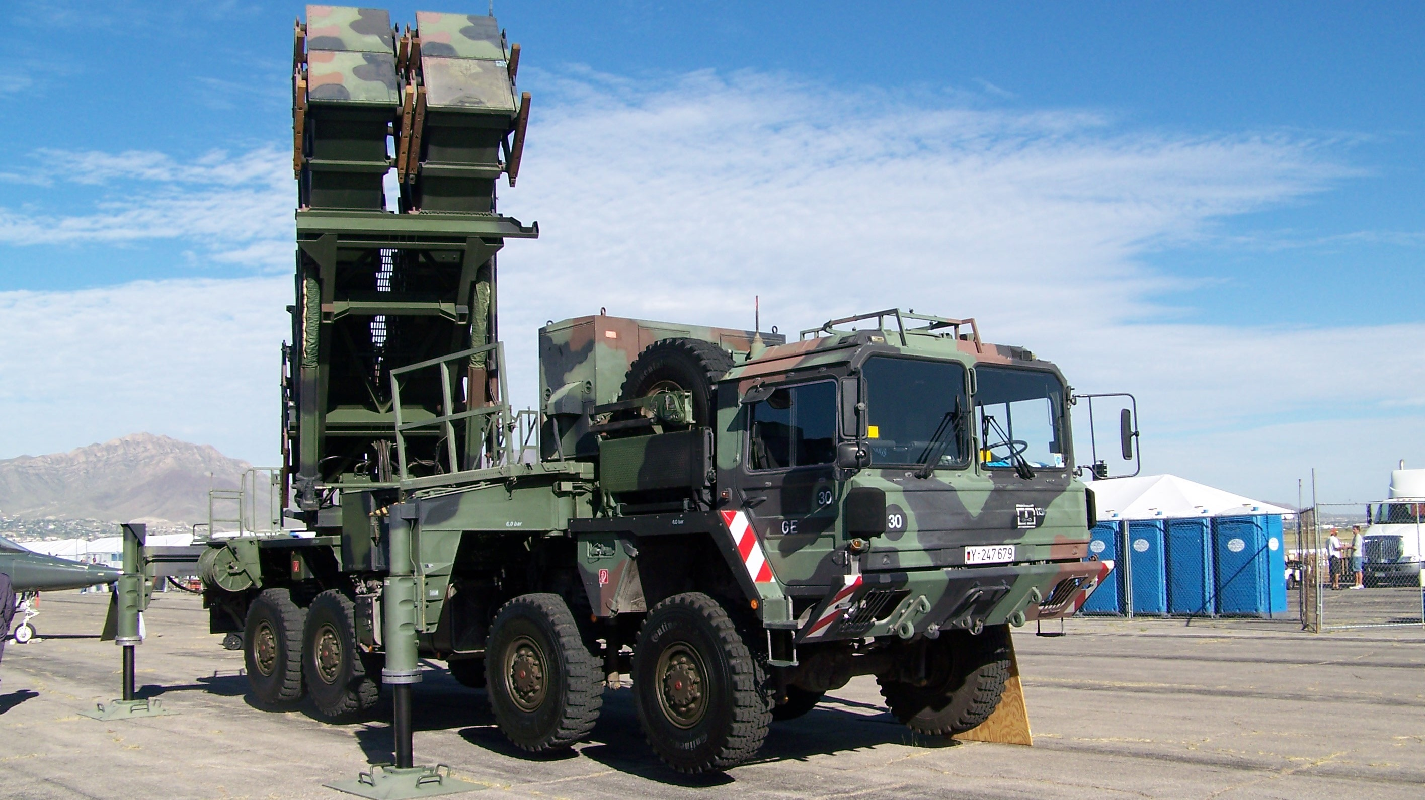 S 300 missile systems vs patriot - German Mim 104 Patriot Sam Launcher Photo Courtesy Of Wikipedia Commons