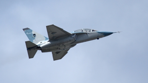 An M-346 in flight. Photo courtesy of Ronnie Macdonalds thru Wikipedia Commons.