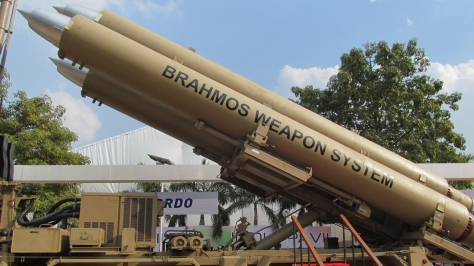 A Brahmos Mobile Missile Launcher with 3 missiles. Photo courtesy of Anirvan Shukla thru Wikipedia Commons.