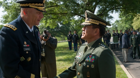 The controversial Gen. Hernando Iriberri (right) meets with the US Army Chief of Staff in Washington DC in June 2014. Photo courtesy of the DVIDS website.