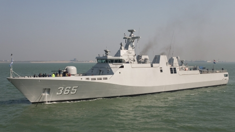 KRI Diponegoro, a Sigma 9113 class Corvette of the Indonesian Navy. Photo courtesy of Wim Kosten thru Wikimedia Commons.