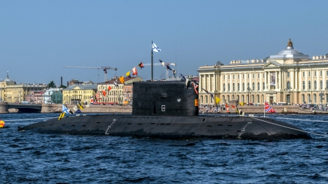 A Kilo class Submarine of the Russian Navy. Photo courtesy of Wikimedia Commons.